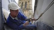 Un autónomo trabajando en un trabajo de albañilería / Getty