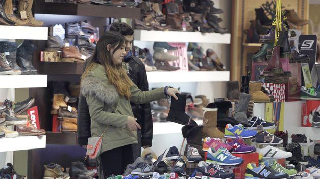 Un comercio minorista de venta de calzado en Valencia