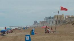 Bandera roja playa