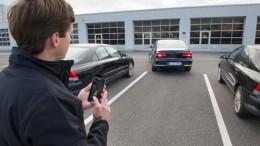 Continental muestra un prototipo con aparcamiento automatizado con cámaras Surround View