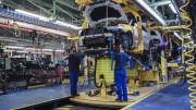 La producción mundial de vehículos caerá un 2% en 2015
