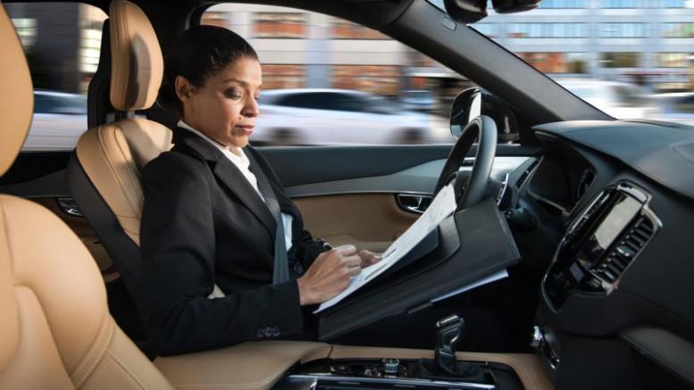 Volvo Cars lanza una nueva interfaz segura e intuitiva para sus vehículos autónomos