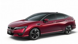 Honda presenta el Clarity Fuel Cell de pila de combustible