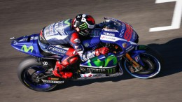 Jorge Lorenzo logra la pole y récord en el circuit