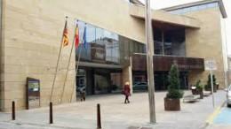 La fachada del Ayuntamiento de Carlet