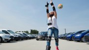 Ford crea un traje para que los los jóvenes entiendan los peligros de conducir drogados