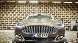 Ford puede convertir tu coche en unos auriculares gigantes con reducción de ruido