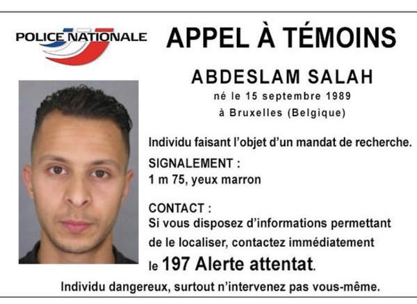 Foto del terrorista Abdaslam- Salah en búsqueda tras los ataques en París