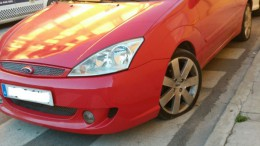 Uno de los coches afectados en Alberic tras la actuación de la Policía Local