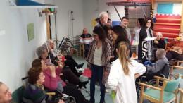 Mónica Oltra visita la residencia y centro de día de Carlet y se comproimete en materia de dependencia
