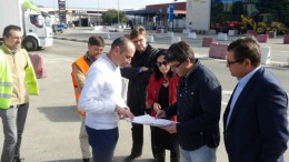 Visita del alcalde Jorge Rodríguez y Rebeca Torró a las obras de la nueva rotonda de Ontinyent