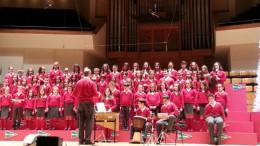 Actuación del coro del CEIP Sant Bernat en el Palau de la Música