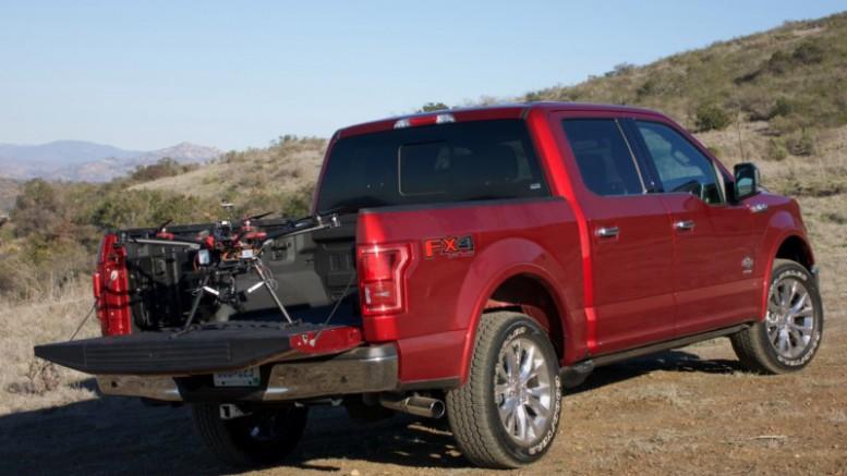 Ford apuesta por la conexión Dron y vehículo para emergencias