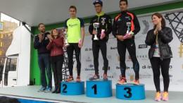 Podium de campeones de la 10 K Divina Pastora de Valencia