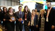 El presidente de la Diputación de Valencia y alcalde de Ontinyent, Jorge Rodríguez, junto a la alcaldesa de Gandia, Diana Morant, y otros miembros de la Diputación en FITUR