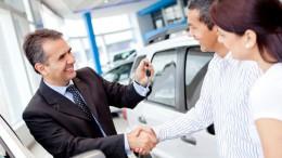 Las ventas de coches suben un 8,3% en la primera quincena de 2016, según Ganvam