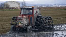 Consejos de HELLA si trabajas con maquinaria agrícola o industrial