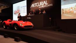 Un Ferrari 335 S Scaglietti se vende por 35 millones $ en una subasta, precio récord