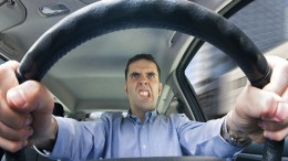 Conducir enfadado eleva el riesgo de accidente