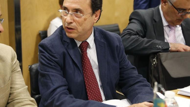 Soler señala que tres cuartas partes del endeudamiento son para cubrir el déficit de 2015 que absorbió pufos del anterior Consell