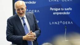 Consell felicita a Juan Roig por su Medalla de Oro al Mérito en el Trabajo