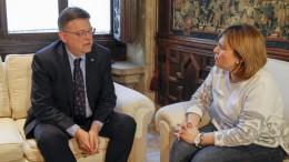 Puig se reúne con la portavoz del grupo popular en Les Corts