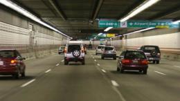 ¿Viajas en coche en Semana Santa? Cinco consejos para circular por túneles