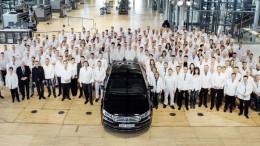 El último Volkswagen Phaeton sale de línea de montaje, bienvenida la electromovilidad