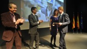 El representante de SRG Global recoge el premio