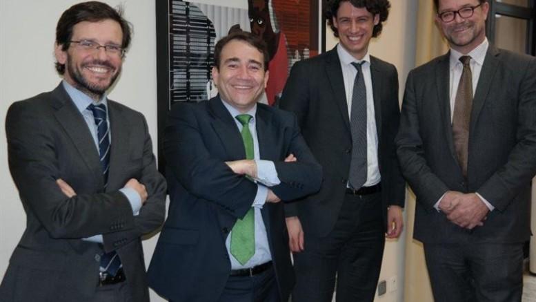 Reunión del director del Instituto Valenciano de Finanzas (IVF) con el secretario general de la Asociación Europea de Banca Pública