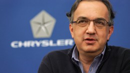 El CEO de Fiat, Marchione, aconseja a Apple que no construya un coche