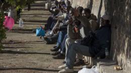 Inmigrantes temporeros en el campo valenciano