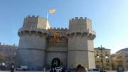 Piden a Ribó que no mire a otro lado por la Bandera estelada en las Torres de Serrans