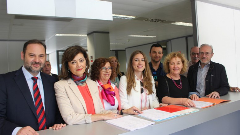 Ana Botella lidera la lista del PSPV por Valencia