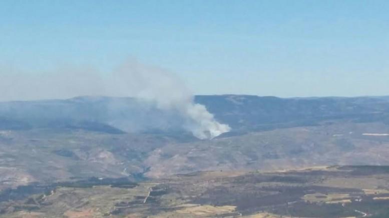 Vistas del incendio en Vallanca. Foto Avamet