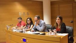 En el centro, Enrique Soriano. Foto publicada por Maria Josep Ortega