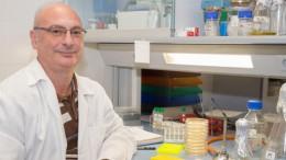 Francis Mojica, investigador ilicitano acreedor a un Nobel