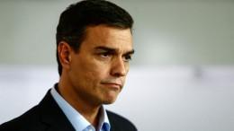 Pedro Sanchez deja su acta de Diputado para no votar