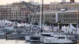 Valencia Boat Show frente a Marina de Empresas
