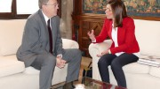 Ana Belén Castejón y Ximo Puig acuerdan celebrar un encuentro empresarial en Cartagena