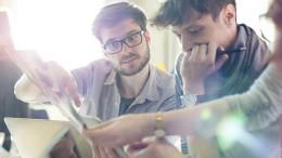 Valencia y Ontinyent ponen en marcha la formación de jóvenes para crear su plan de negocio