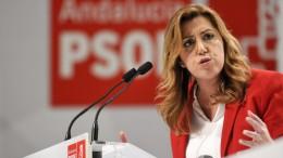 Susana Díaz defiende para el PSOE un proyecto «autónomo de Podemos» y «sin personalismos»