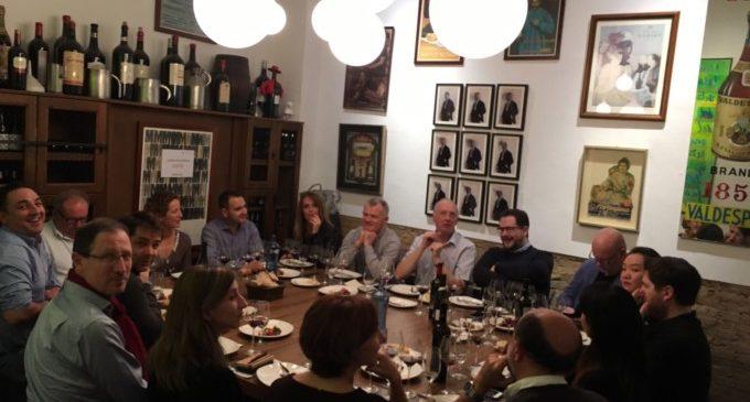 Deu bloggers i periodistes especialitzats de 9 països coneixen els vins de la Comunitat de la mà d'IVACE Internacional
