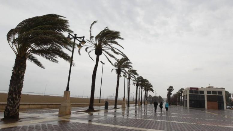 Puig insta a extremar las precauciones mientras continúe la alerta naranja por fuertes lluvias