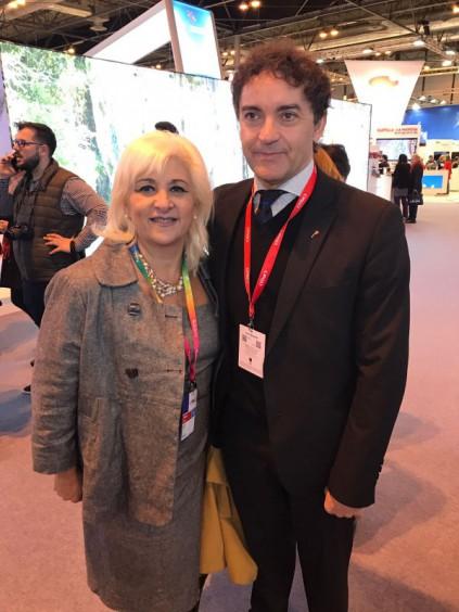 El secretario autonómico de Turismo, Francesc Colomer, se reúne con el alcalde de Tavernes de la Valldigna