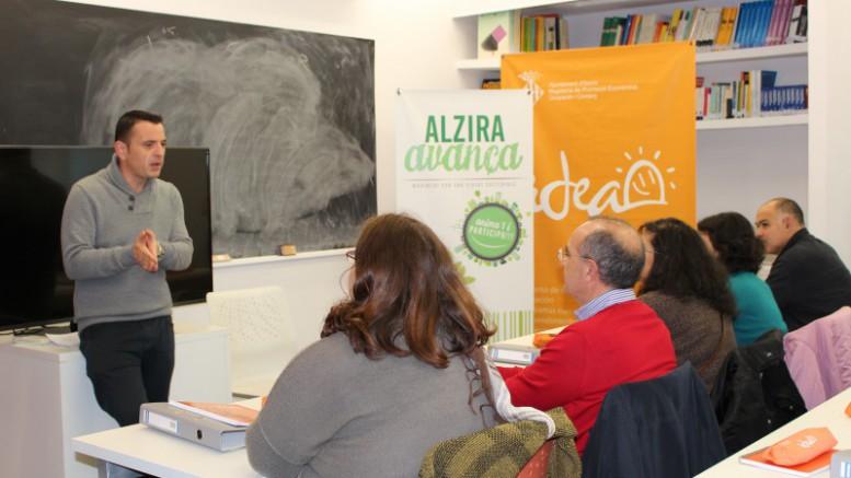 IDEA ha iniciat aquest mati el curs per obtindre la targeta professional de Carretiller on participen 28 persones