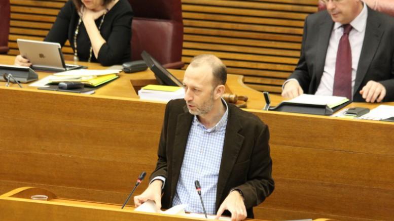 """Marí a Puig: """"Hace falta más gestión y diálogo para convertirnos en una referencia de turismo de calidad, rentable y sostenible"""""""