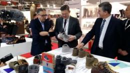 Puig destaca la calidad del calzado valenciano y garantiza el apoyo del Consell en la búsqueda de nuevos mercados