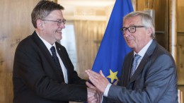 Puig abre una nueva etapa de relaciones con la Comisión Europea basada en la colaboración tras reunirse con Juncker