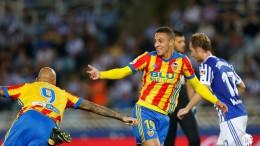 En un intercambio de golpes, el Valencia CF gana a la Real Sociedad (2-3)